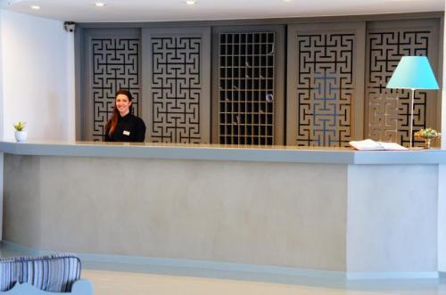 Vritomartis Newly Renovated Reception