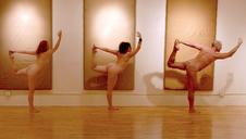 naked-yoga-class